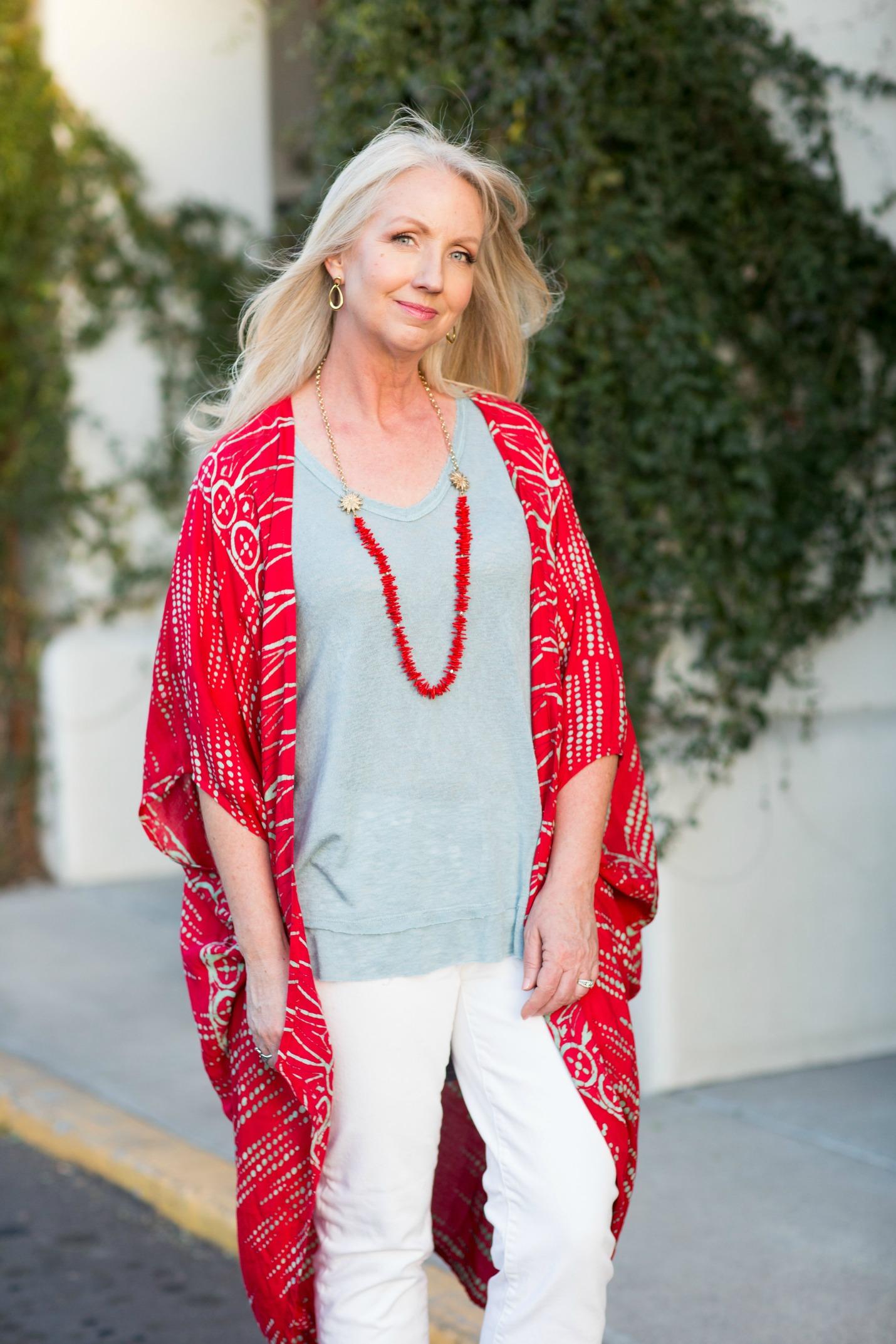 Kimono Red Aqua Top White Jeans 3