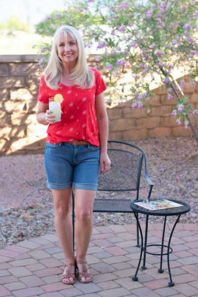 Denim shorts and a simple red print t-shirt for a simple summer day