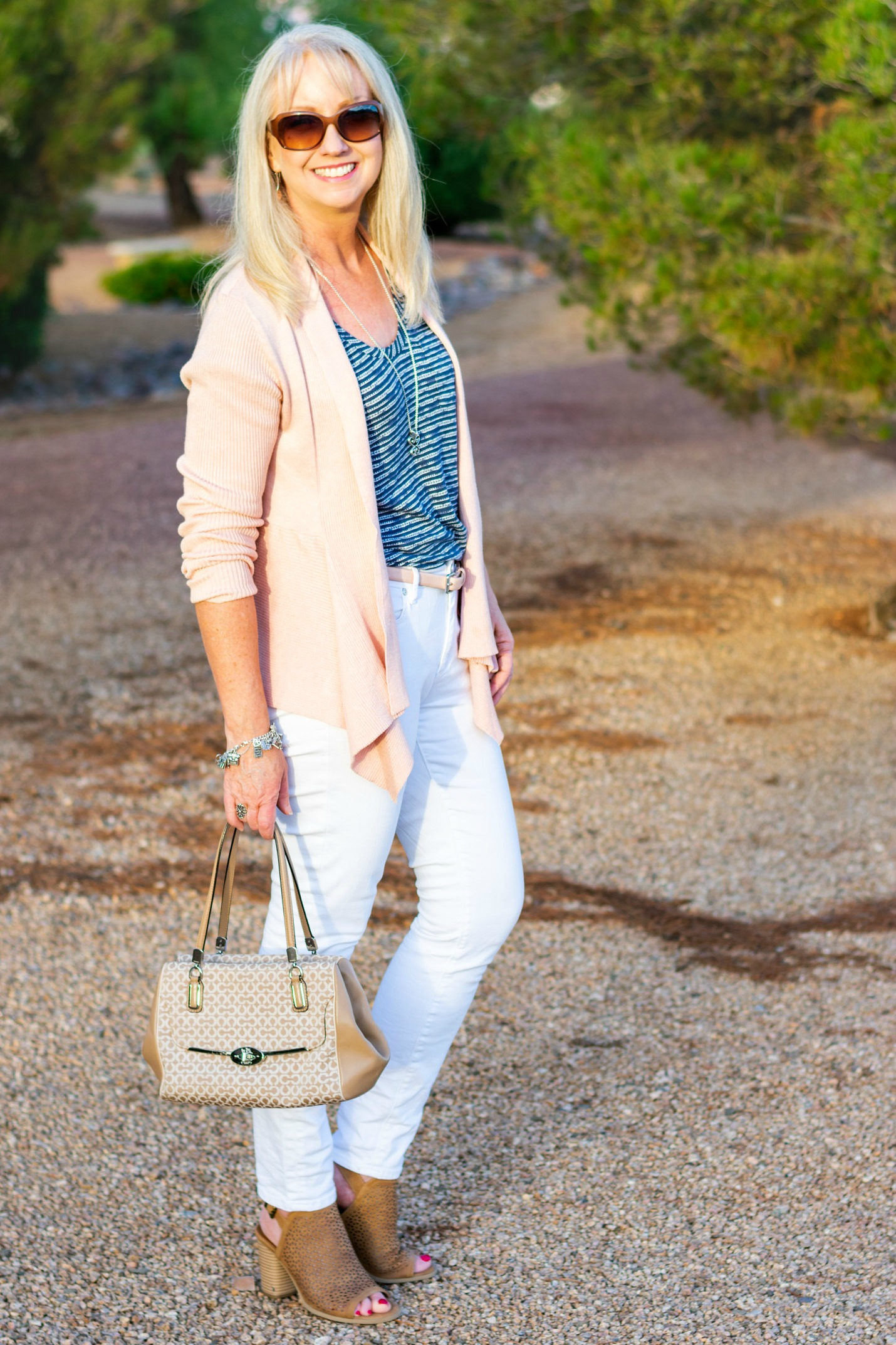 How to Style: White Jeans | The Style Brunch