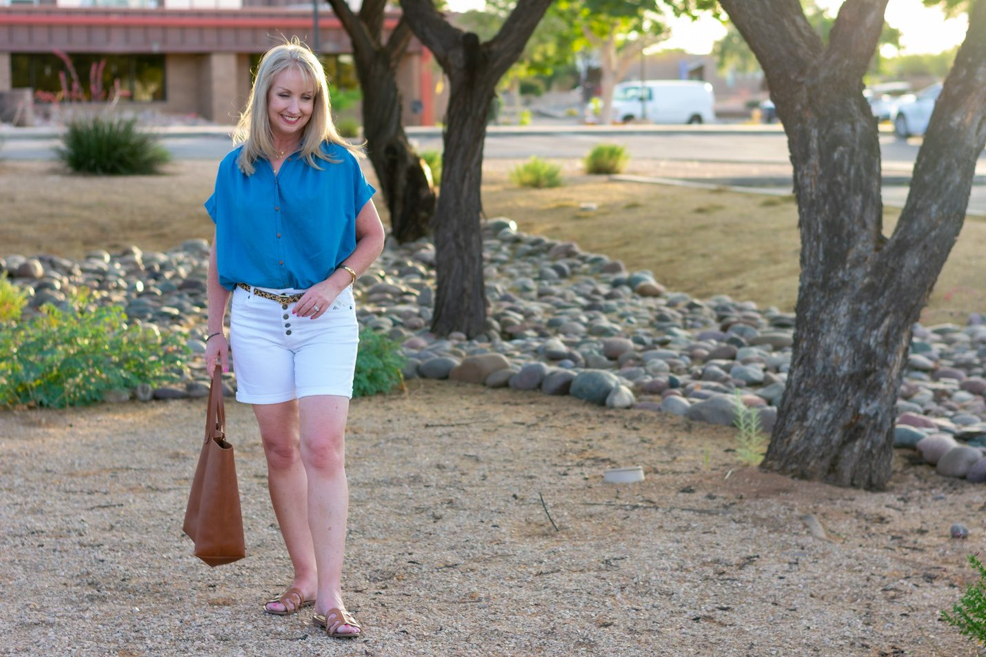 lassic Summer Look with White Jean Shorts