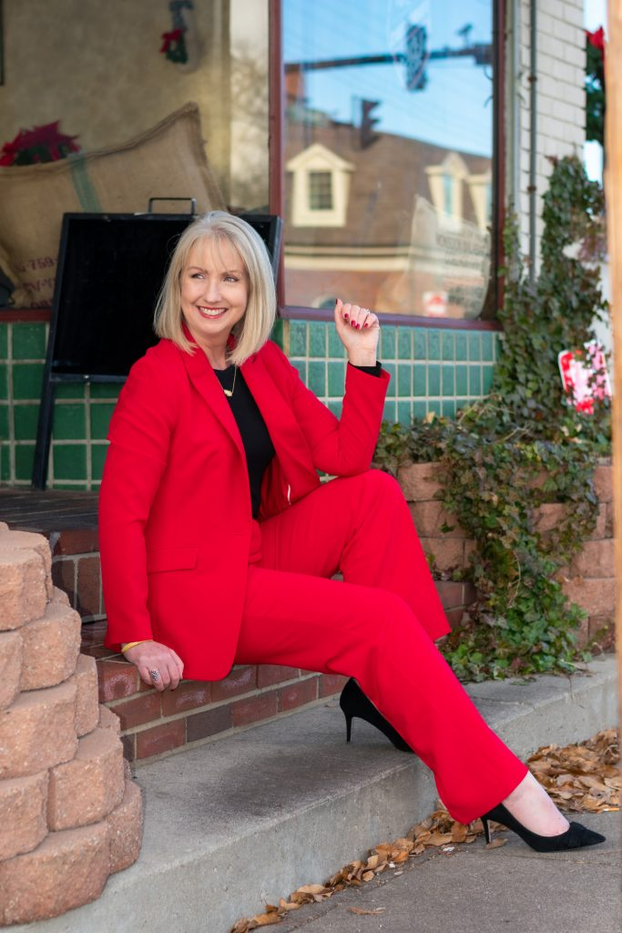 5 Ways to Wear a Red Suit