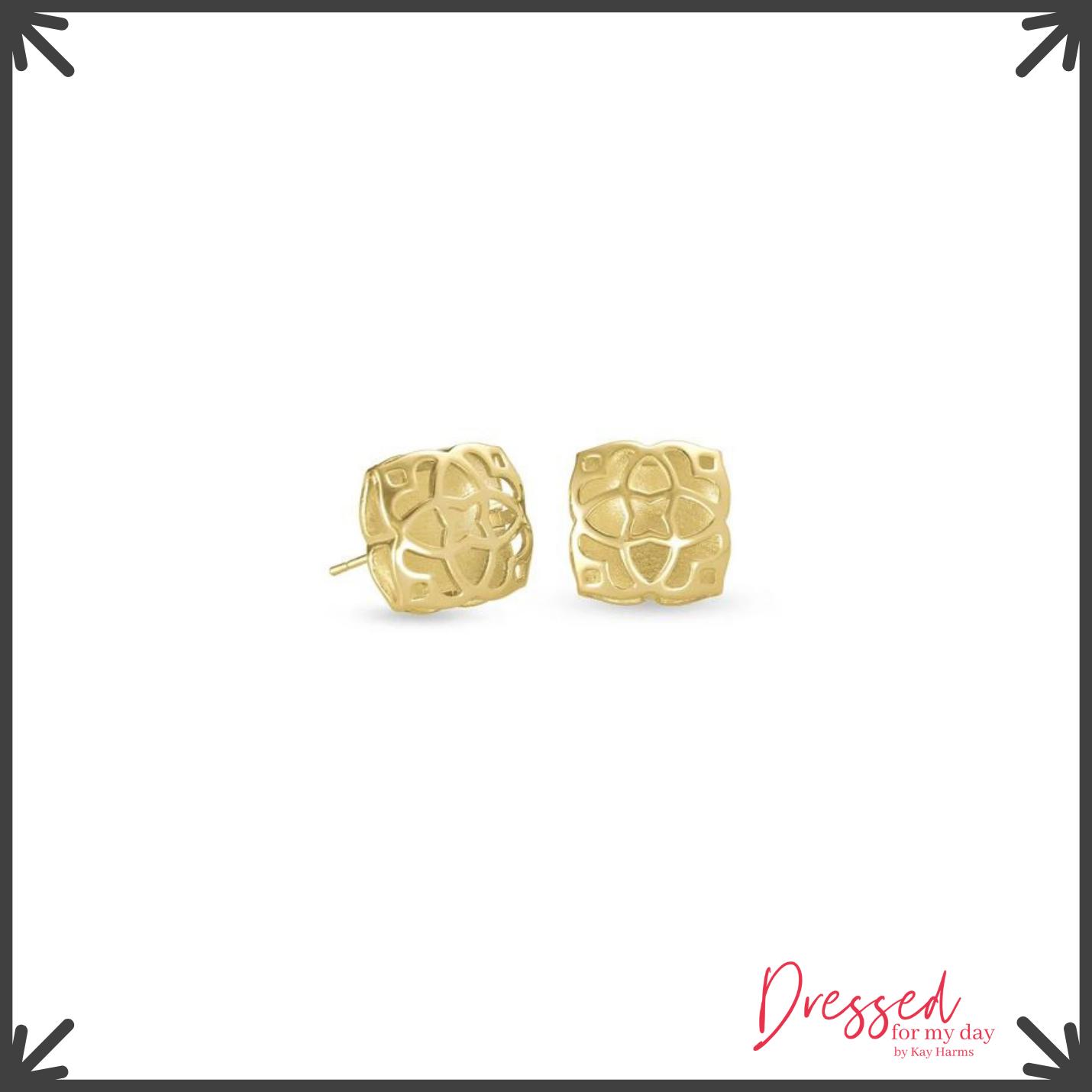 Favorites earrings