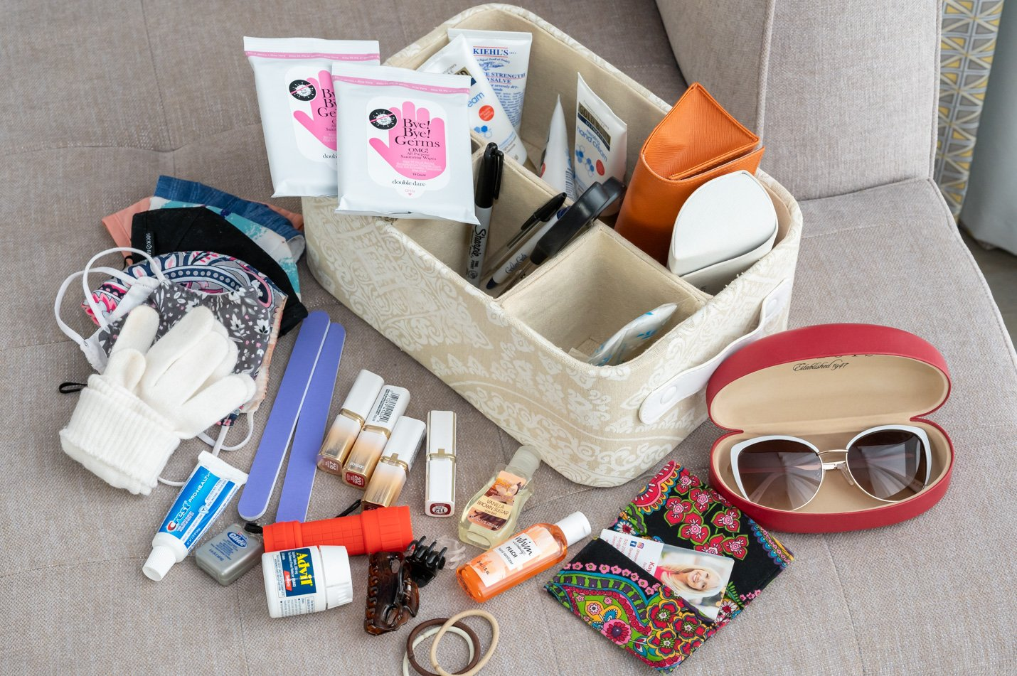 What's In My Purse Organizer Bin