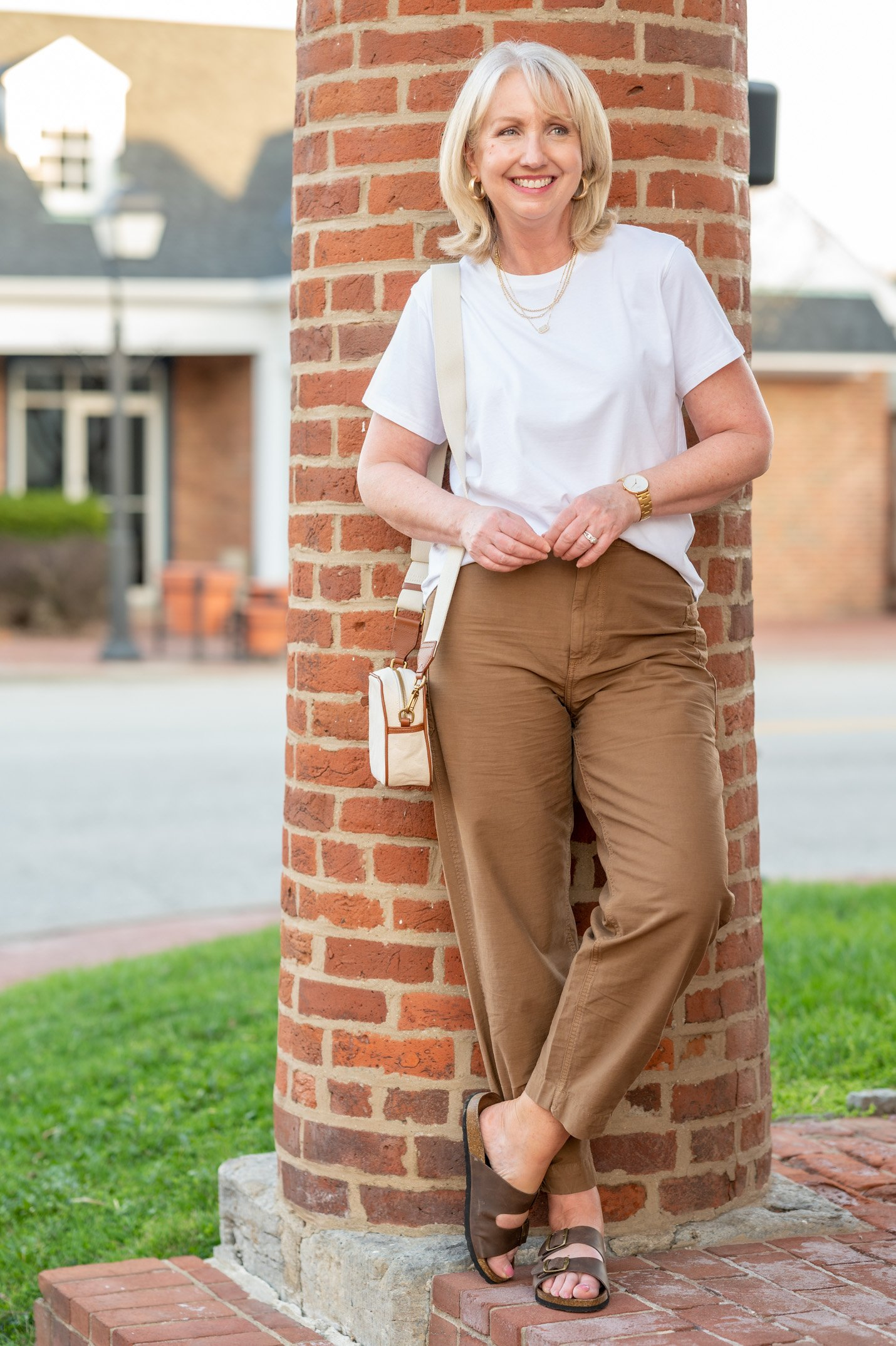 Barrel Pants with Sandals