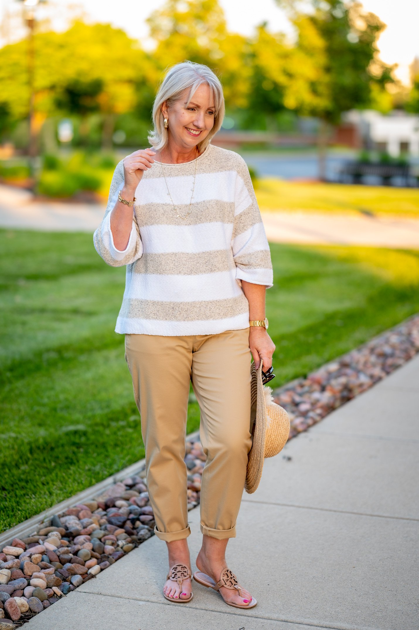 Casual Summer Outfit in Soft Neutrals