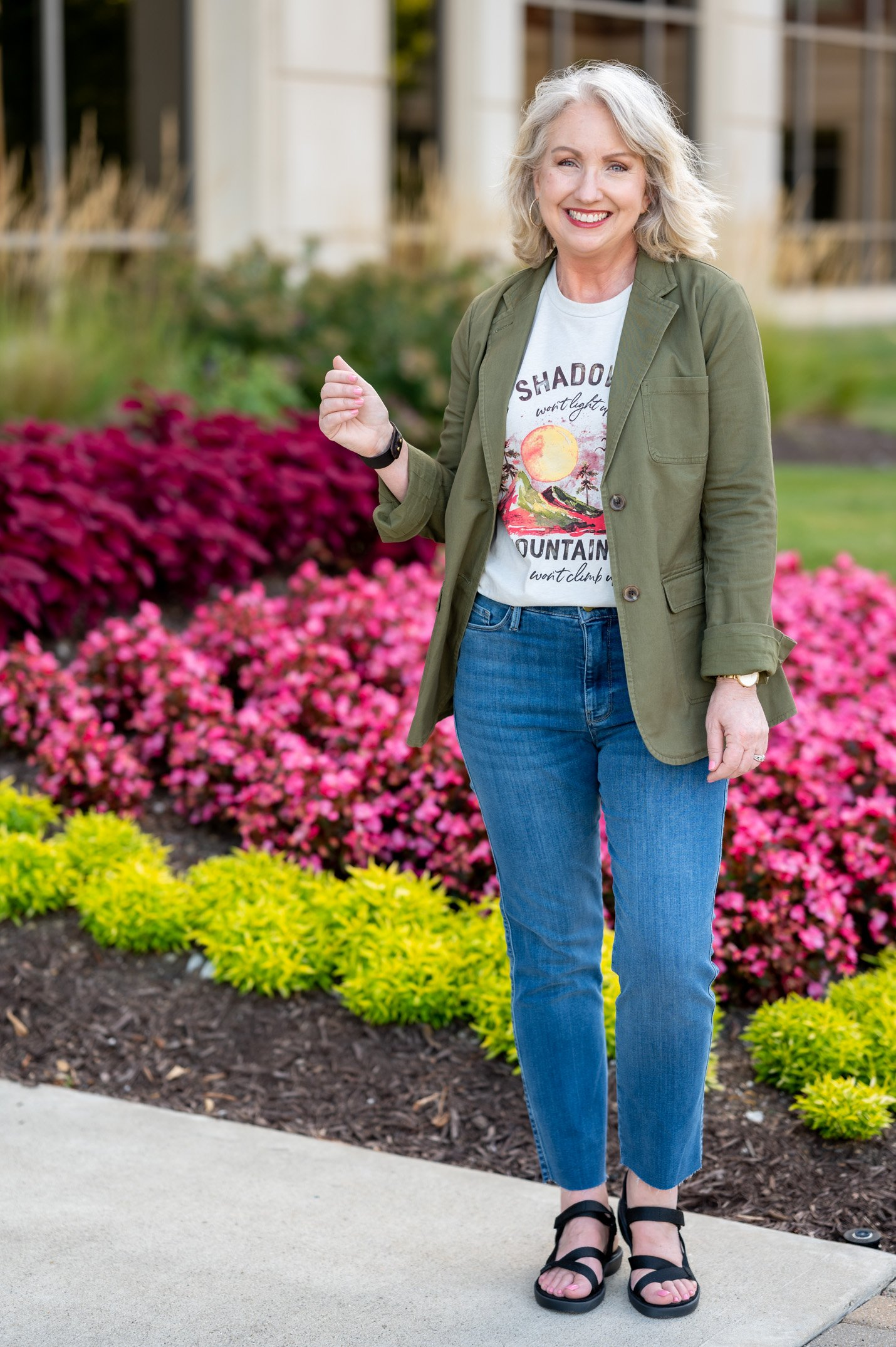 Transition to Fall Outfit with a Graphic Tee, Blazer and Jeans