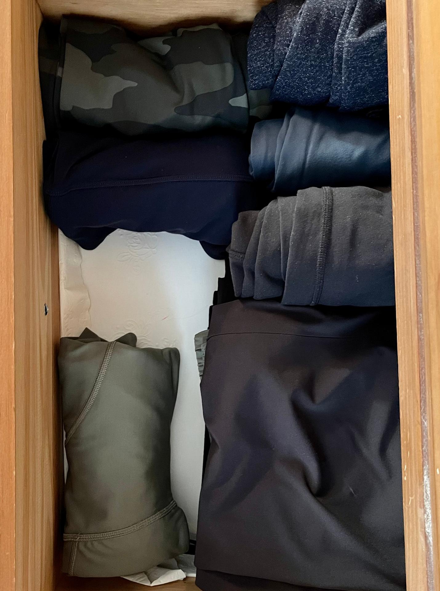 How I've Organized My Fall Wardrobe 11