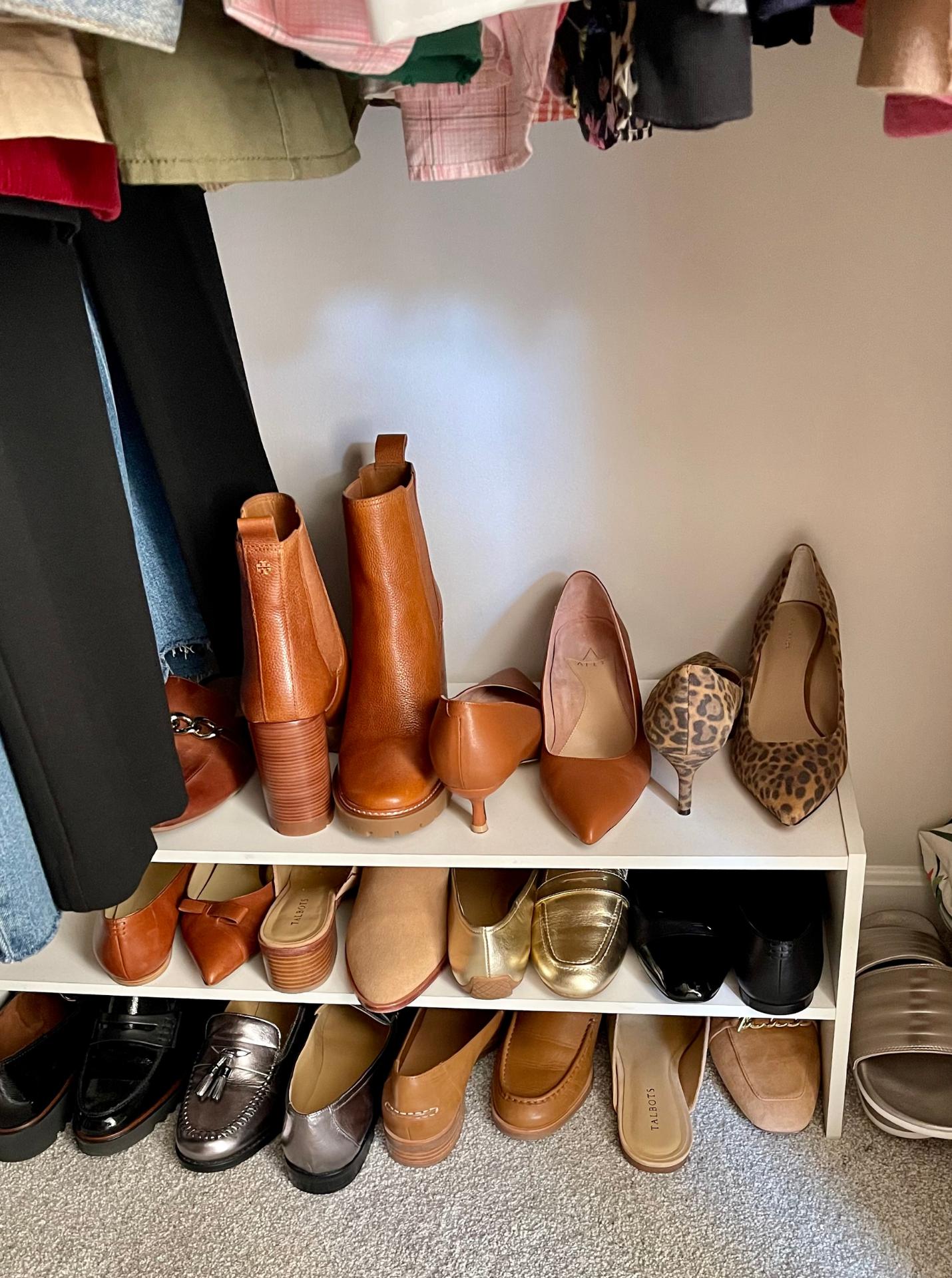 How I've Organized My Fall Wardrobe 6