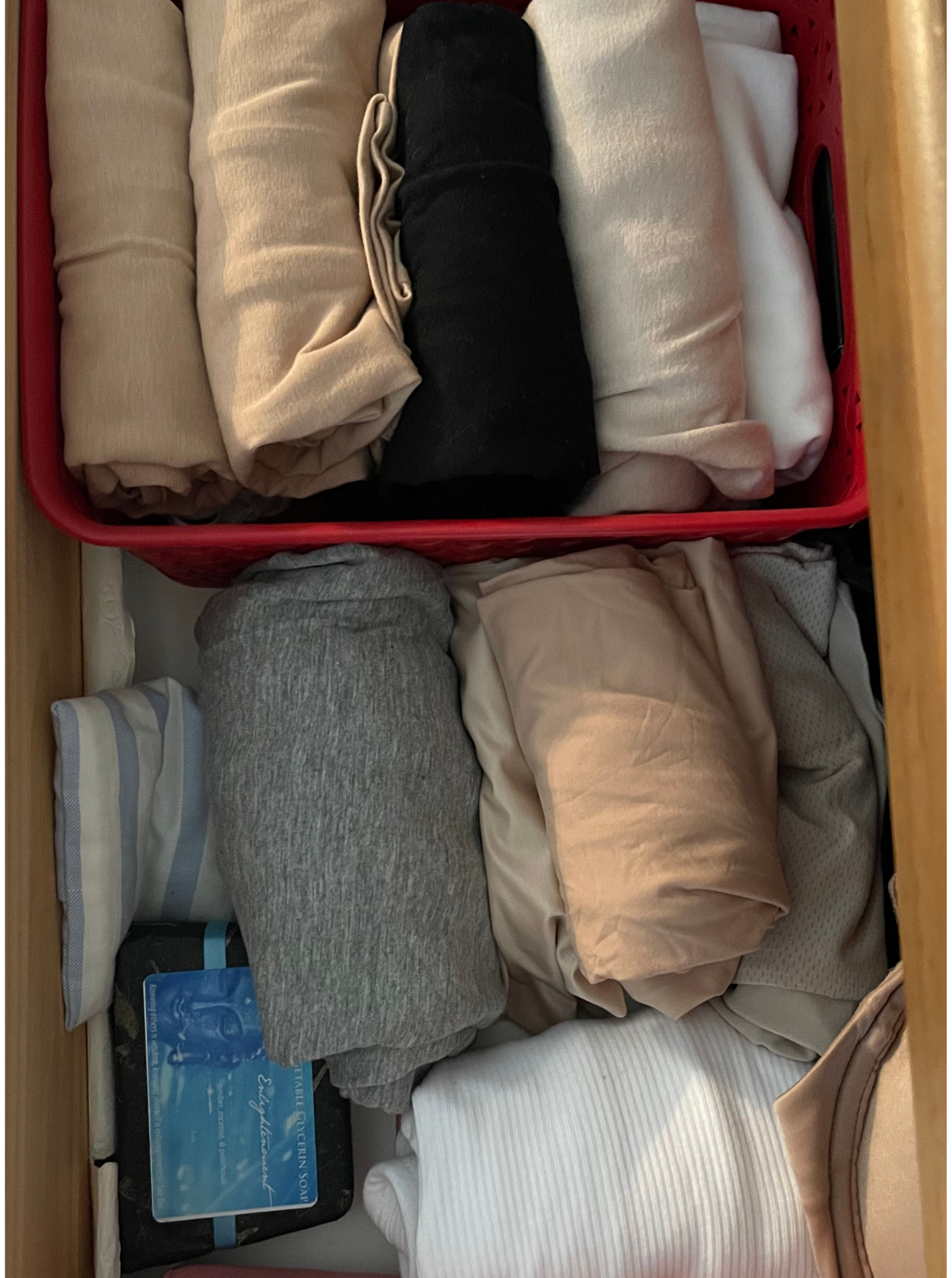 How I've Organized My Fall Wardrobe 8
